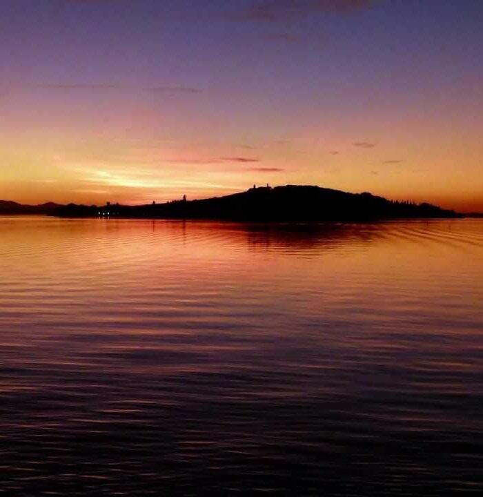 isola polvese tramonto
